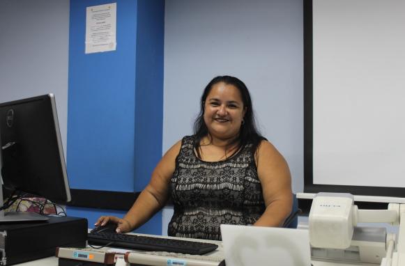 """Viviana Alvarado: """"Sé que la Universidad y la Escuela están realizando cambios, pero la he visto crecer y tengo la seguridad de que todo va a llegar a un buen fin."""""""